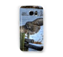 Landing Great Gray Owl and Snow Wildlife Raptor II Samsung Galaxy Case/Skin