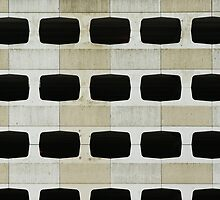Just for fun - (Multistorey car park - in 3 guesses) by George Parapadakis (monocotylidono)