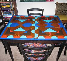 painted my table and chairs..... by helene ruiz