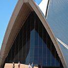 Sydney Opera House by Hughsey
