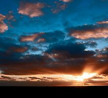 Margaret River Sunset by Kerryn Benbow