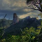 Grand High Tops Warrumbungles 002 by pedroski