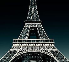 Legend - The Icon of Paris by hologram