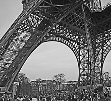Tour Eiffel III by Al Bourassa