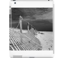 black sky/white sand iPad Case/Skin