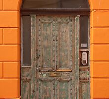 Mottled door by Gary Gurr