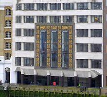 Hays Wharf/St Olaf House 1 by GregoryE