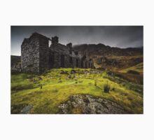 Old Ruin at Cwmorthin Slate Quarry, Snowdonia Kids Tee