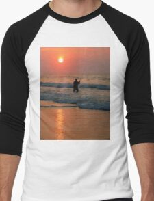 #411   Surf Fishing At Sunrise Men's Baseball ¾ T-Shirt