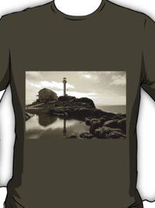Cape Forchu Lighthouse, Yarmouth, NS T-Shirt
