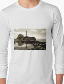 Cape Forchu Lighthouse, Yarmouth, NS Long Sleeve T-Shirt
