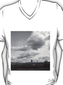 landscape with giants T-Shirt
