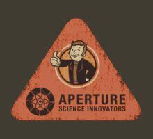 Apreture: Science innovators T-Shirt