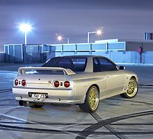 Silver Nissan R32 Skyline GTR #1 by John Jovic