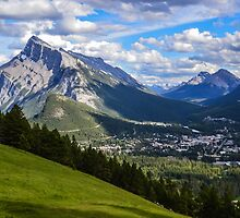 Mount Rundle by becmayr