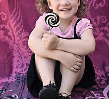 Mila - The Lollipop Session - 1 by micklyn