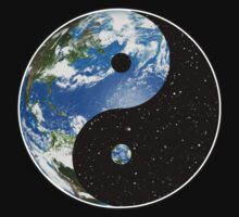 Earth / Space Yin Yang Symbol by darthpaul