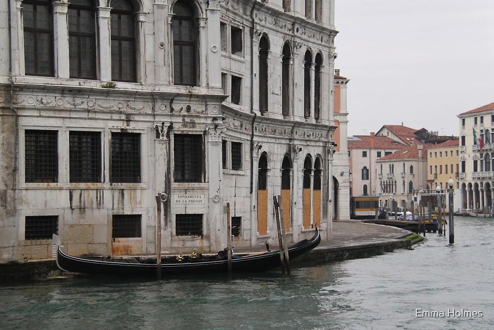 Palazzo dei Camerlenghi by Emma Holmes