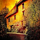 Cottage on the Bend by Catherine Hamilton-Veal  ©