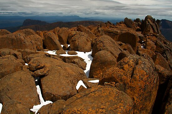 Mt Ossa, Overland Track, Tasmania by Roger Barnes