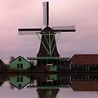 Windmill Zaanse Schans by DutchLumix