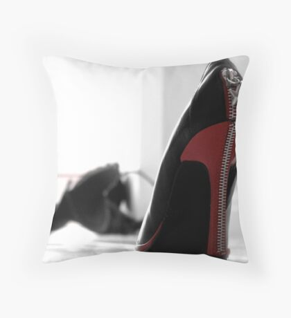 Caught in the moment! Throw Pillow