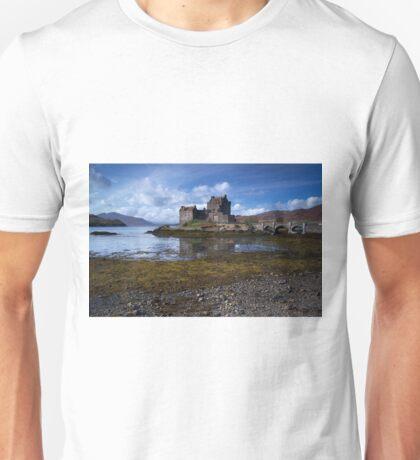 Eilean Donan Castle Unisex T-Shirt