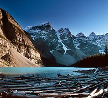 Moraine Lake, Valley of the Ten Peaks, Banff National Park, Alberta, Canada by hinomaru