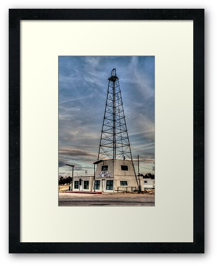 Bob's Oil Well (Matador, Texas) by Terence Russell