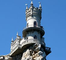 "Decorative castle "" Swallow's Nest ""    by kindangel"