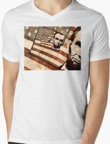 President Abraham Lincoln Patriotic Flag Mens V-Neck T-Shirt