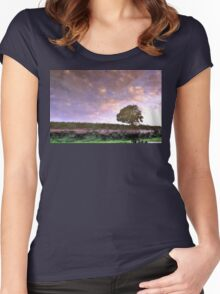 Riverbank Women's Fitted Scoop T-Shirt