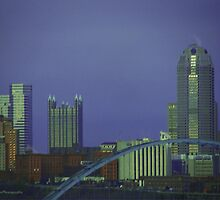Pittsburgh Skyline by vigor