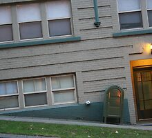 somethings askew in Seattle by pallyduck