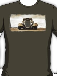 1933 Ford Coupe Lomo T-Shirt