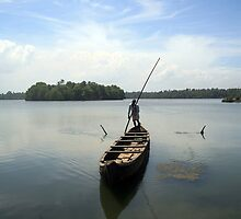 Canoe taxi, Kerala, India by PaulineC