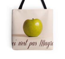 Ceci n'est pas Magritte - pomme Tote Bag