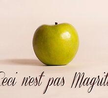 Ceci n'est pas Magritte - pomme by maressan