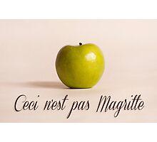 Ceci n'est pas Magritte - pomme Photographic Print