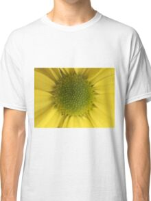 Yellow beauty Classic T-Shirt