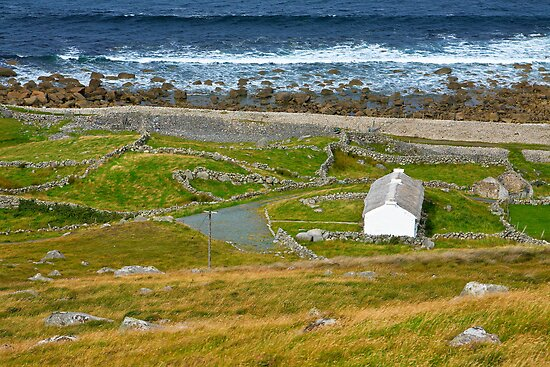 Thatched House, Donegal Coast.Ireland by EUNAN SWEENEY