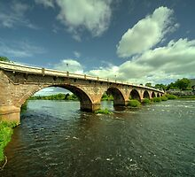 Smeaton's bridge  by Rob Hawkins