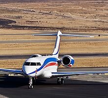 Bombardier BD-700-1A11 Global 5000 by RatManDude