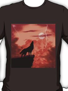 Wolf Howling in the Night T-Shirt