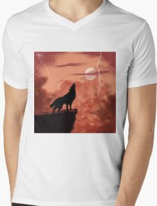 Wolf Howling in the Night Mens V-Neck T-Shirt