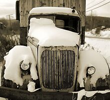 Old Truck by Geos
