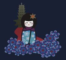 kokeshi with pagoda Kids Tee