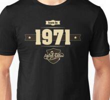 Born in 1971 (Cream&Choco) Unisex T-Shirt