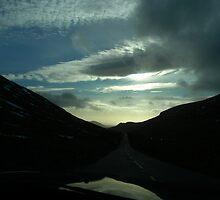 driving thru Silent Valley by ragman