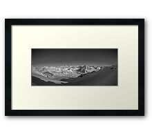 towards the mountains Framed Print